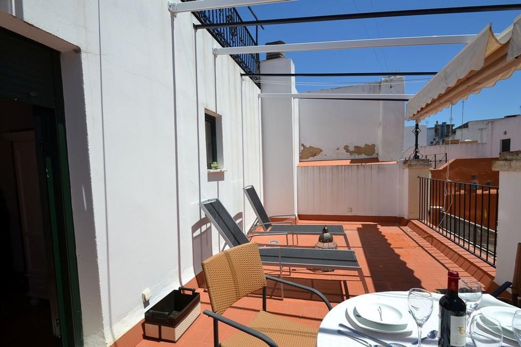 Alquiler de apartamento vacacional en centro de sevilla for Alquiler de apartamentos en sevilla centro